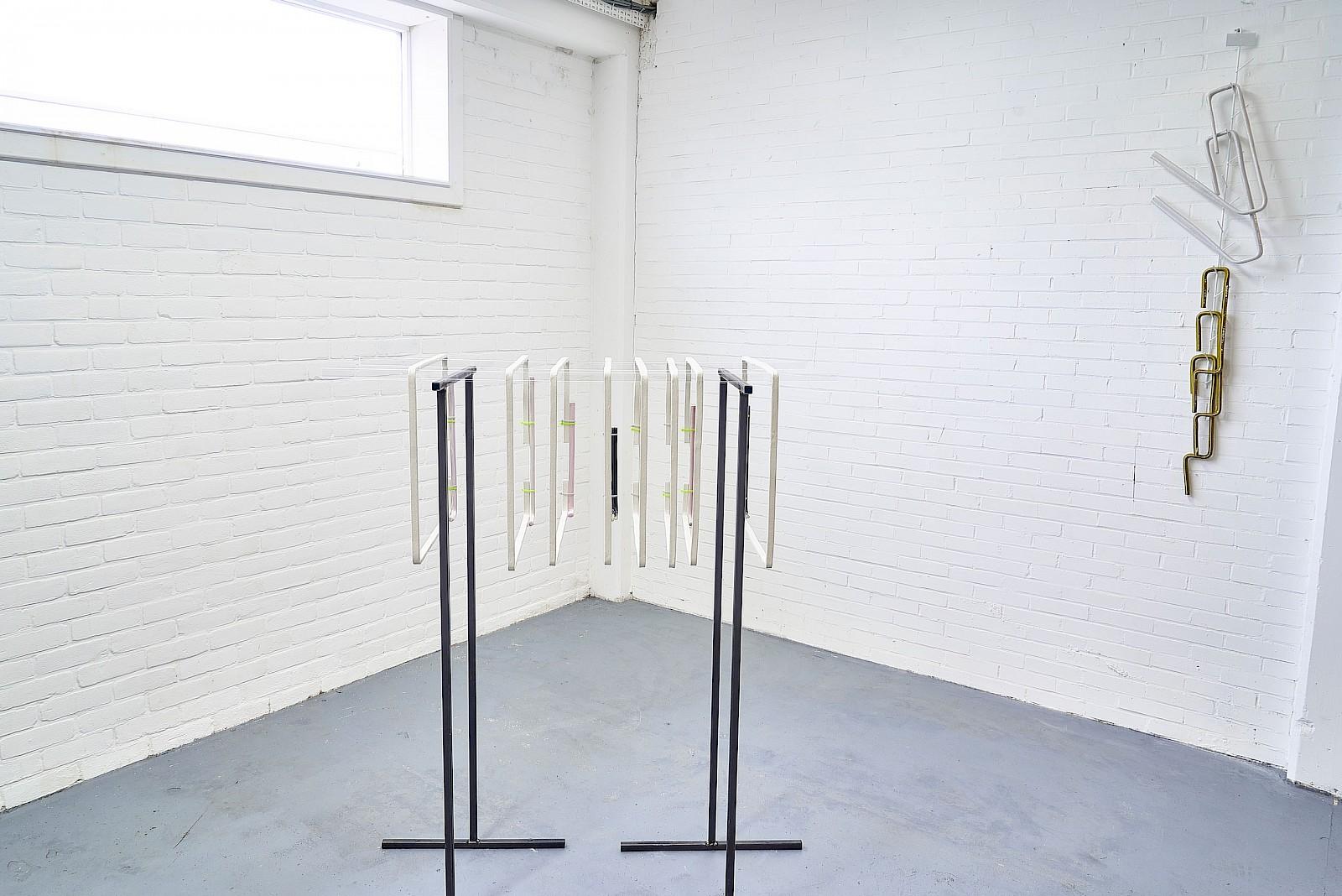 Image - Ceramics frames, metal, plexiglas, 120 × 50 × 145cm