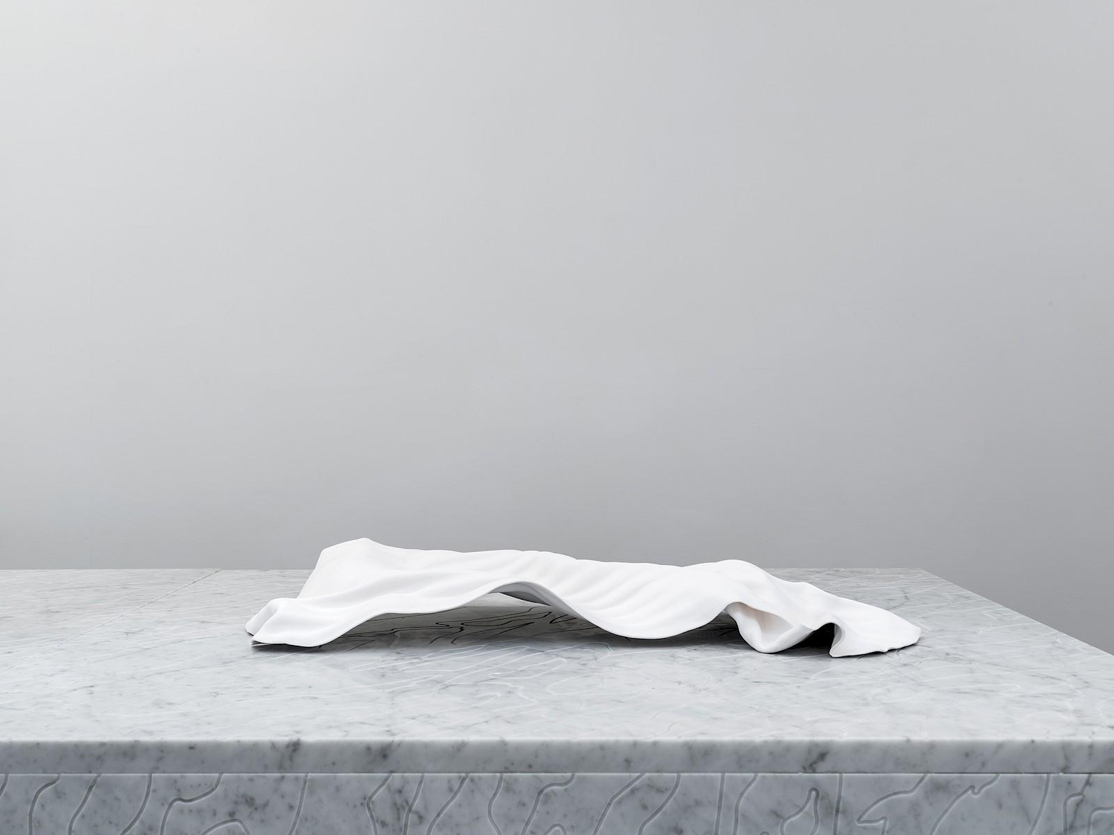Image - Madame rêve, ceramics, 87 × 44 × 11cm