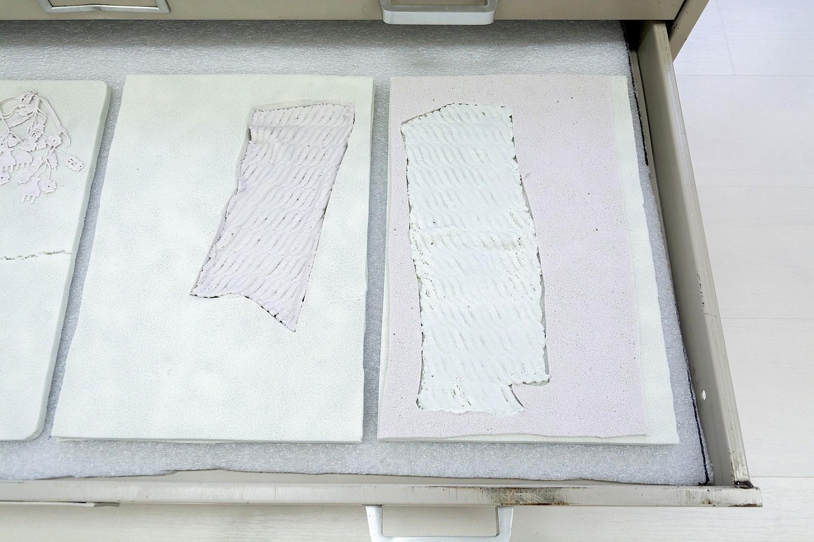 Image - Porcelain, Size: 24 x 34cm