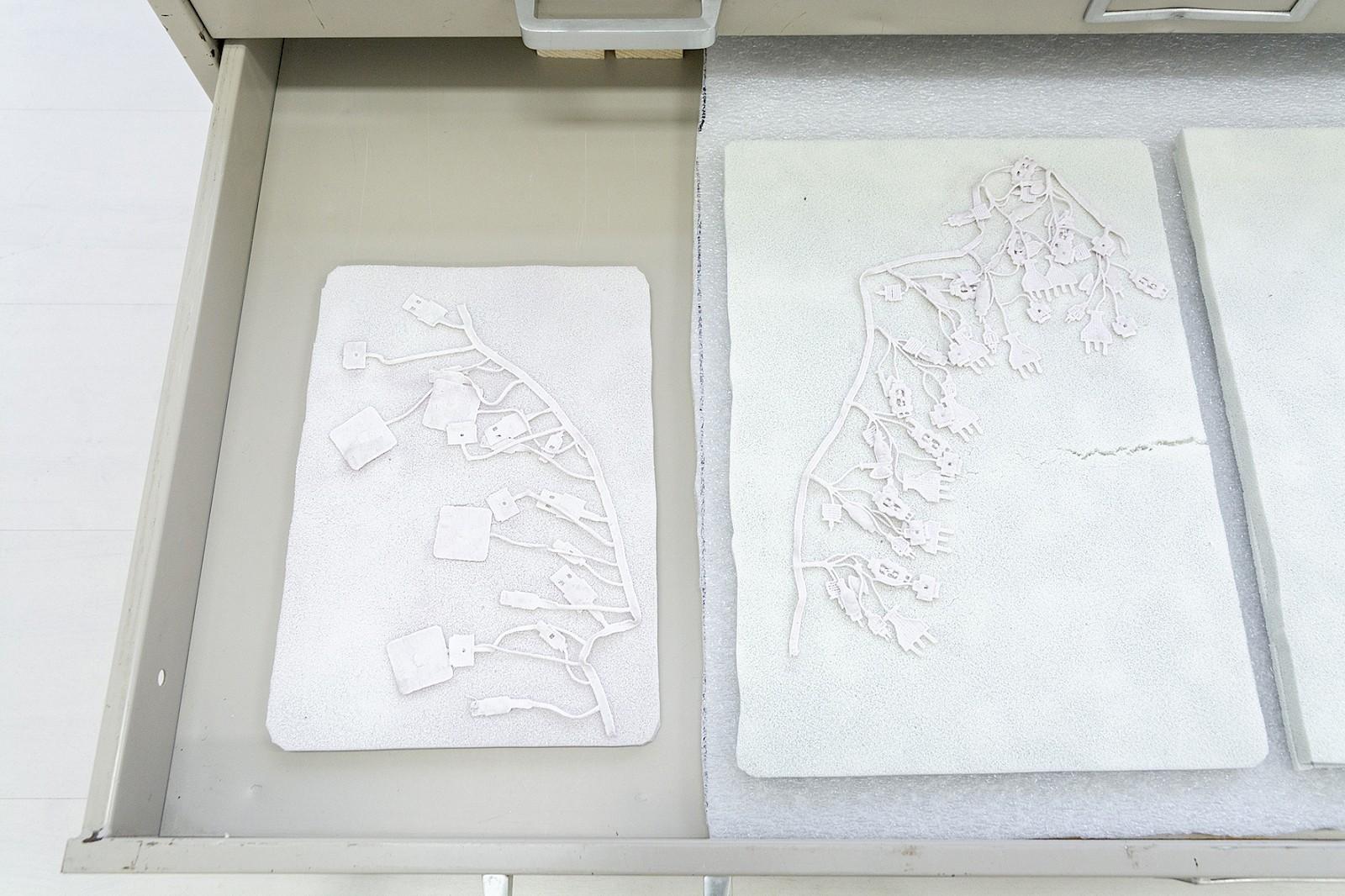 Image - Porcelain, Size: 19 x 25cm, 24 x 34cm